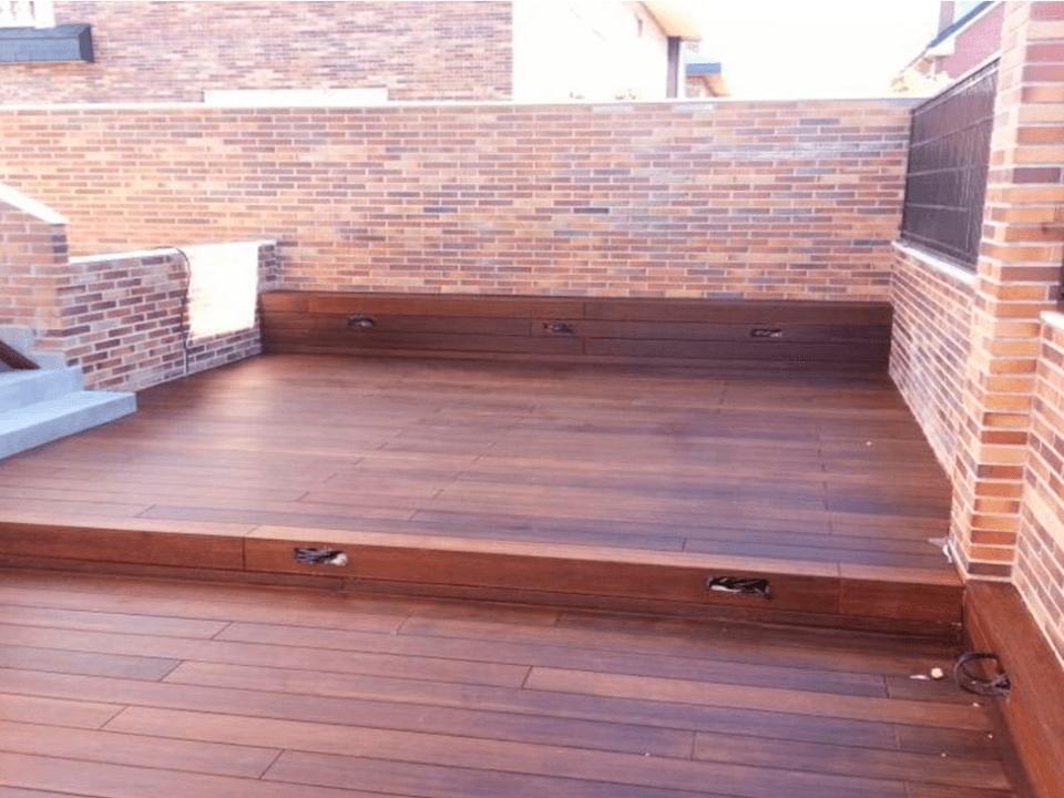 suelo de madera para exteriores